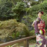 ▲歴史と伝統が宿る場所。想いが受け継がれる「料亭・聴涛館(ちょうとうかん)」の日本庭園での前撮りも人気!