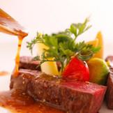 フェアでは婚礼料理で人気のA4ランクの広島牛が無料で試食できる♪
