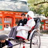 徒歩5分で住吉神社で挙式も可能 近隣神社の挙式会場までの移動もサポート!