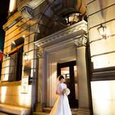 建築当時の外観・内装は、歴史しか作れない感動を呼びます。