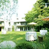 約900坪の大邸宅とガーデンをまるごと貸切