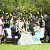 ガーデンではゲストの皆さんとの楽しいひと時を!写真撮影やガーデンパーティもご相談ください!