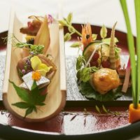 和洋折衷コース料理ならではの和食も堪能出来る!