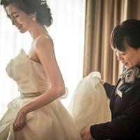 ≪介添え≫結婚式当日、花嫁を常にそばで見守り、スムーズに動いていただけるようサポート