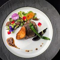厳選和牛フィレ肉とフォアグラ トリュフのソース     ~ガーデンスタイル~