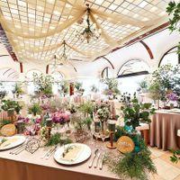 ナチュラルで柔らかい雰囲気の「カーサ・ディ・オードリー」は装花やクロスで様々な表情を見せてくれます。