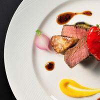 牛フィレ肉と茄子のロティ フォアグラの燻製とトリュフソース