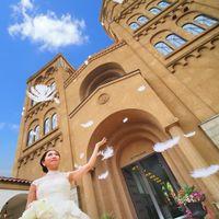 大聖堂、パーティ会場、ガーデンなどお二人のお好みの場所で撮影できるブライズフォトも人気♪