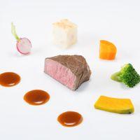 【新メニューリアン18,000円】 道産牛フィレ肉のポワレ 小さな野菜たちで囲んで 道産山ワサビのマディラソース