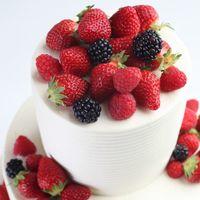 パティエがおふたりの想いを形にしたオンリーワンのウエディングケーキ