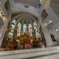 高さ18メートルのスタッコ天井をもつルネッサンス様式の大聖堂。