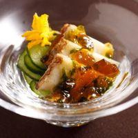 おもてなしの想いを大切に受け継がれてきた伝統の料理の数々。