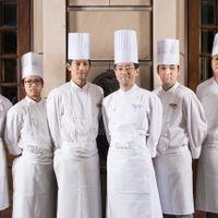 ホテルモントレ札幌調理部スタッフです。 「私達が自身をもって調理いたしております」