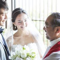 キリスト教式は日本人牧師が司式。事前にカウンセリングをし、おふたりにふさわしい祝福の言葉を贈ってくれます。