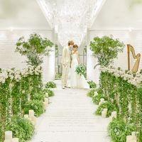 グリーンチャペルはキャンドルコーディネイトと同様で人気!白基調だから純白のドレスも映える!