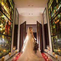 最高に綺麗に見えるウエディングドレスショットで記念の1枚を残してみて