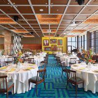 アートな空間は、数々の受賞歴を持つ新進のデザイナーによるもの。