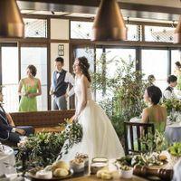 ブライダルフェアではその日のテーマに合わせたお花や、会場の照明、音響など披露宴会場の雰囲気を体感できます