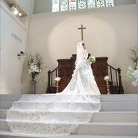 大聖堂アビー・ラ・トゥール教会のためにデザインされたオリジナルドレスは必見!!
