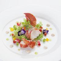 素材本来の美味しさを引き出すフランス料理の技法が光る逸品
