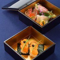 地元北陸の食材を使用した贅沢なお料理の数々  ウニのお寿司はゲストからも絶賛の声が