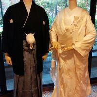 紋付袴と白無垢