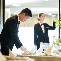 ご結婚式当日もサービススタッフがお二人様に寄り添ってしっかりとサポート致します