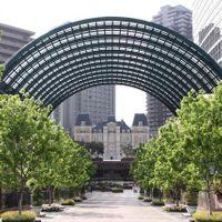 恵比寿ガーデンプレイスに壮麗に佇むシャトーレストラン ジョエル・ロブション