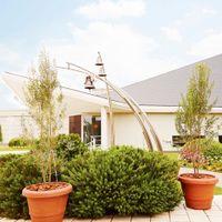 広大な庭園に佇む独立型チャペルは、パインズホテルの自慢♪ゲストとアフターパーティーを楽しんで!
