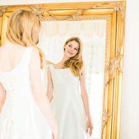 新郎新婦様の控室には全身が映る鏡