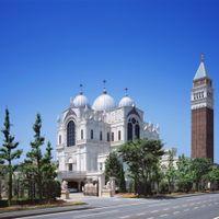 イタリア・ヴェネツィアを思わせる外観も、ゲストに与える印象を変えてくれる。特別感を外観から。