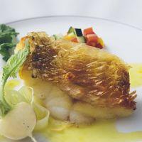 お魚料理も旬を大切に。合わせるソースも重要です☆