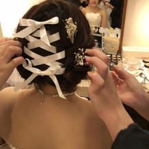 チャペル→披露宴の髪チェンジ