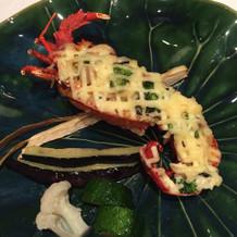 海老はお箸でも食べやすくなってます。