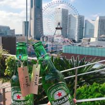 屋上に行くとビールが用意されていました。