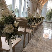 飾りの華は造花ですが、綺麗でした。