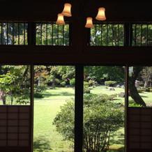 式場からの景色(庭)がきれいです。