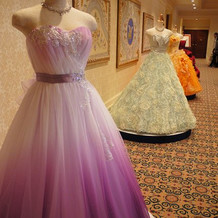 通常のドレスもあります