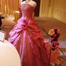 バラのようなドレス