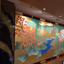披露宴会場の壁絵