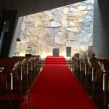 ゲスト席からみた祭壇