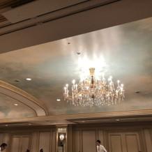 天井の色を変えられます