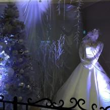 入り口に飾ってあったドレス