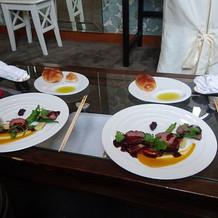 メインの肉料理の写真