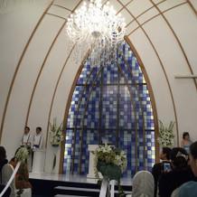 挙式のときの祭壇