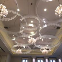 フランス館の天井はかわいいです!