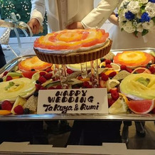 花をイメージしたタルトケーキ