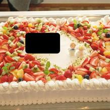 ウエディングケーキ(名前は隠してます)