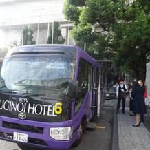 送迎バスも2台含まれています。