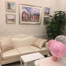 可愛い雰囲気のゲストの控え室。
